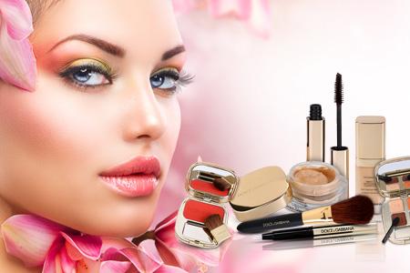 Tudta, hogy Dolce & Gabbana kiváló dekoratív kozmetikát is gyárt?