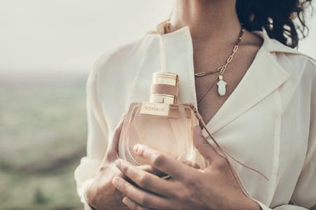Új Chloé Nomade női parfüm: kalandokkal teli illat